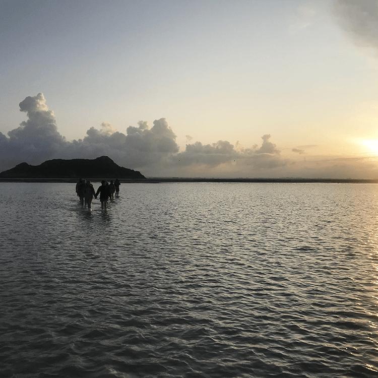 tombelaine coucher soleil