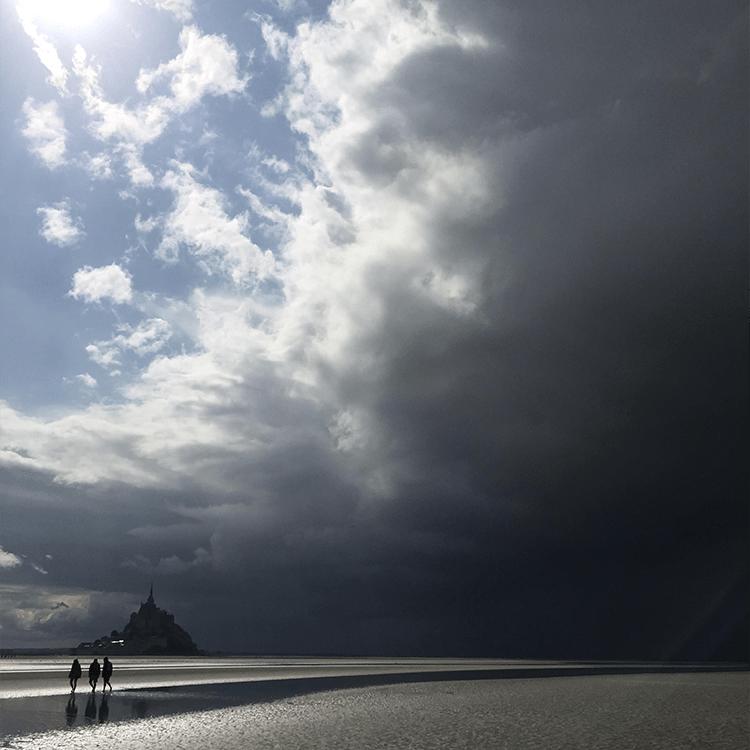 pluie traversée baie mont saint michel